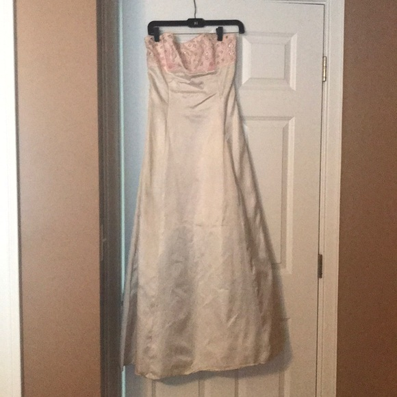 Jessica McClintock Dresses & Skirts - Worn once prom dress